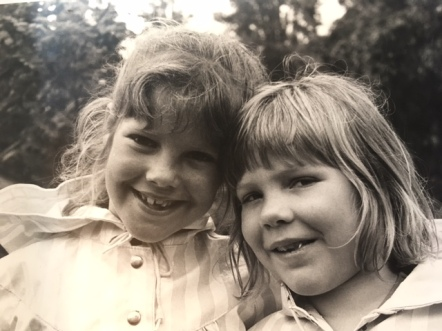 Bij gebrek aan een recente; met mn lieve zus Inge