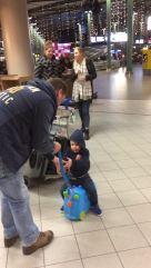 Zijn eigen koffer!