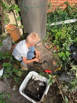 Bij opa in de tuin